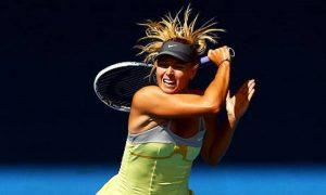 Maria Sharapova plays Tennis